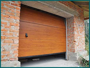 Central Garage Doors Hurst, TX 817-754-6062